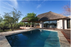 Villa Baobab - holiday home - Zandspruit Estate