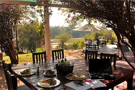 Three Bridges Restaurant - Hoedspruit