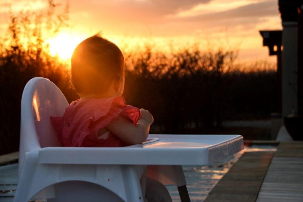 Zonsondergang Zuid-Afrika met baby